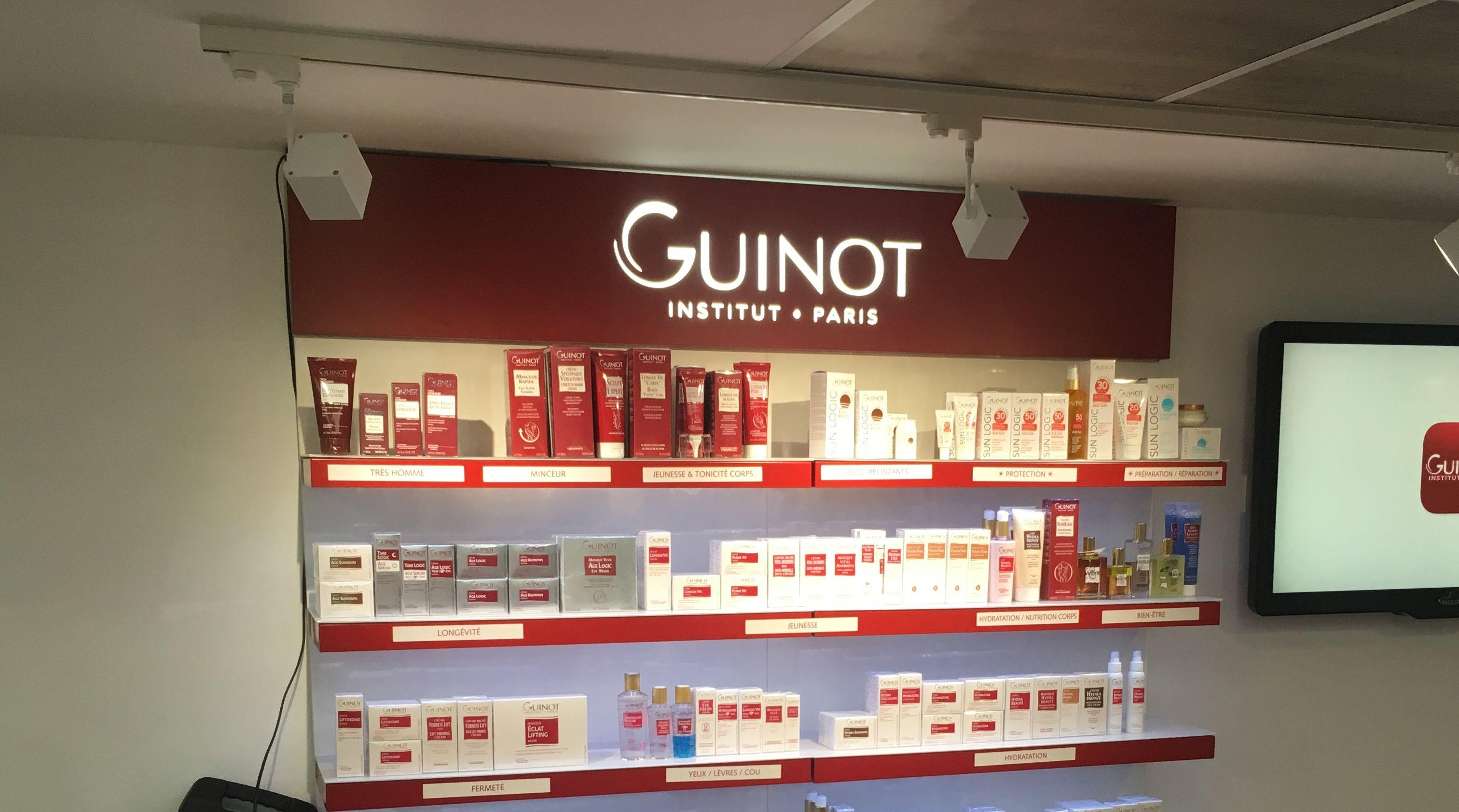 LIGHTBOX-GUINOT